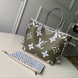 Louis Vuitton giant neverfull green